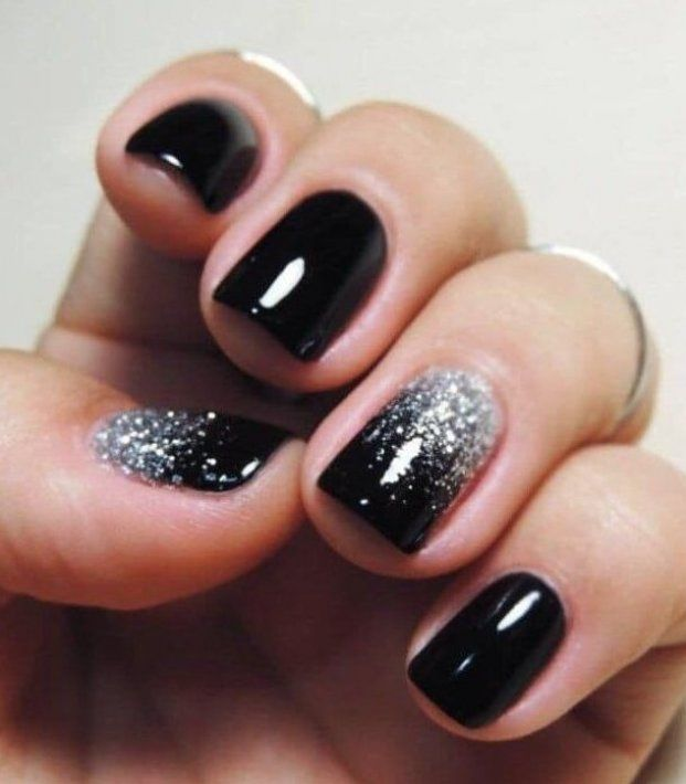 Can You Get Hiv From A Manicure Gorgeous Black Silver Nails Black Gorgeous Nails Silver This Gorgeous Black Manicure With Spa In 2020 Black Nails With Glitter Ombre Nails Glitter Trendy Nails