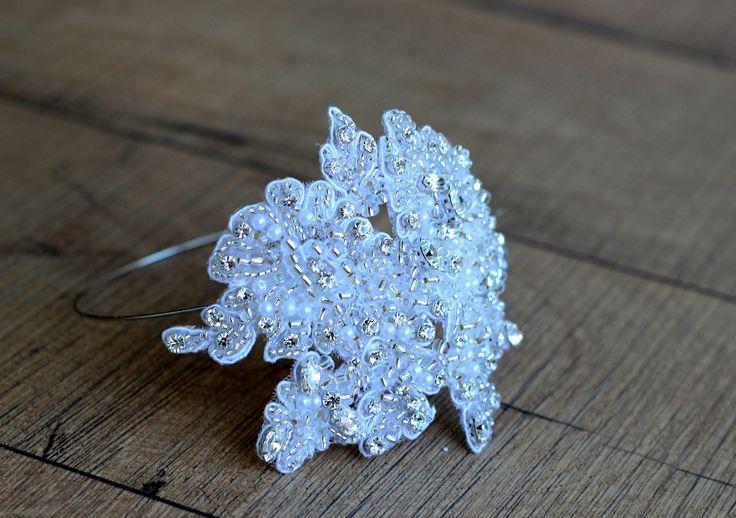 Ślubna opaska biżuteryjna