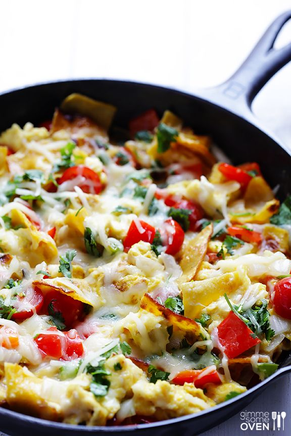 Tex-Mex Migas Recipe -- a simple breakfast scramble with tortilla chips! | gimmesomeoven.com #breakfast #mexican
