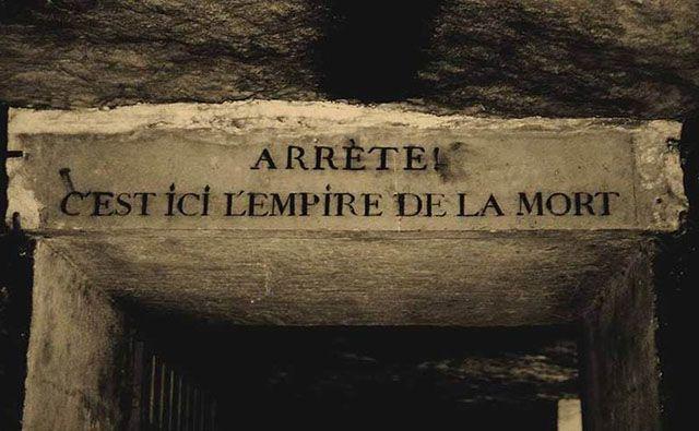 Encantos sombrios: uma visita às catacumbas de Paris