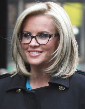 Jenny McCarthy's bob-style looks super versatile. Maybe an option for when I'm sick of long hair, again.