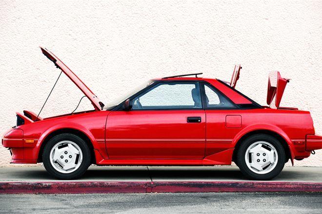 1985 1989 Toyota MR2 Side