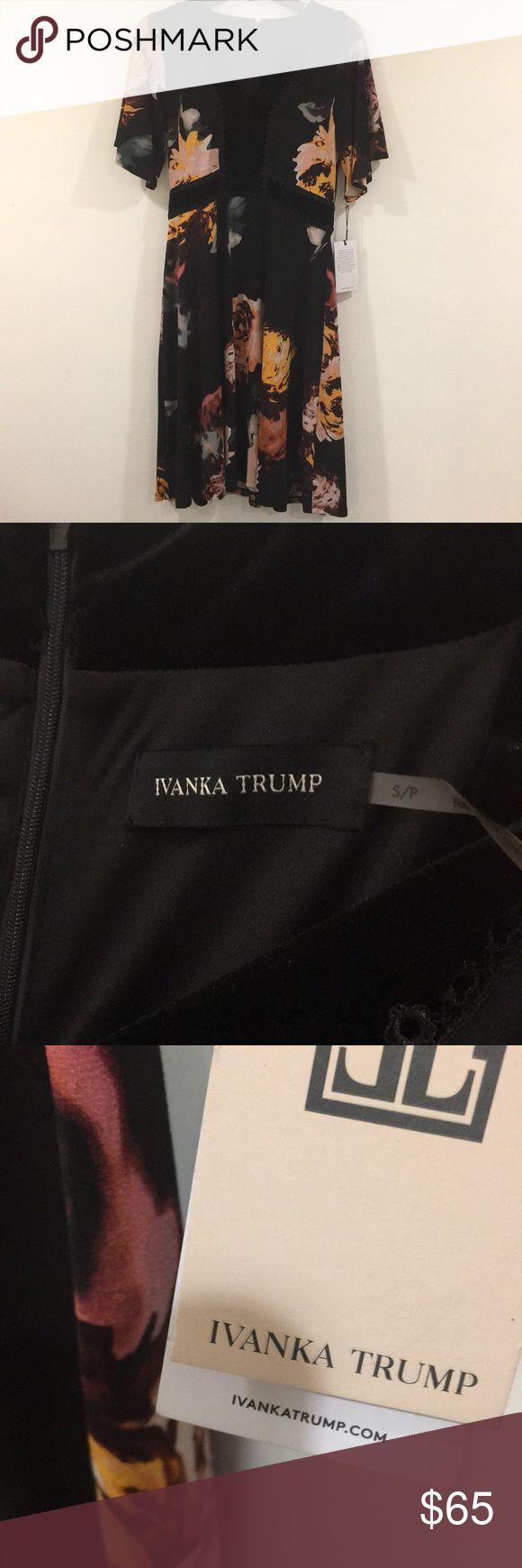 Ivanka Trump Dress Size S Ivanka Trump Dress Size S Ivanka Trump Dresses