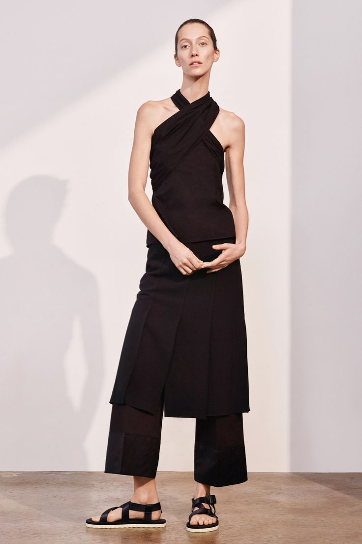 Elizabeth and James Pre-Fall 2017 Collection Photos - Vogue