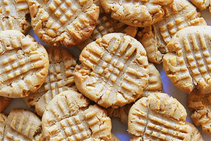 Flourless cookies have completely run away with my heart. I
