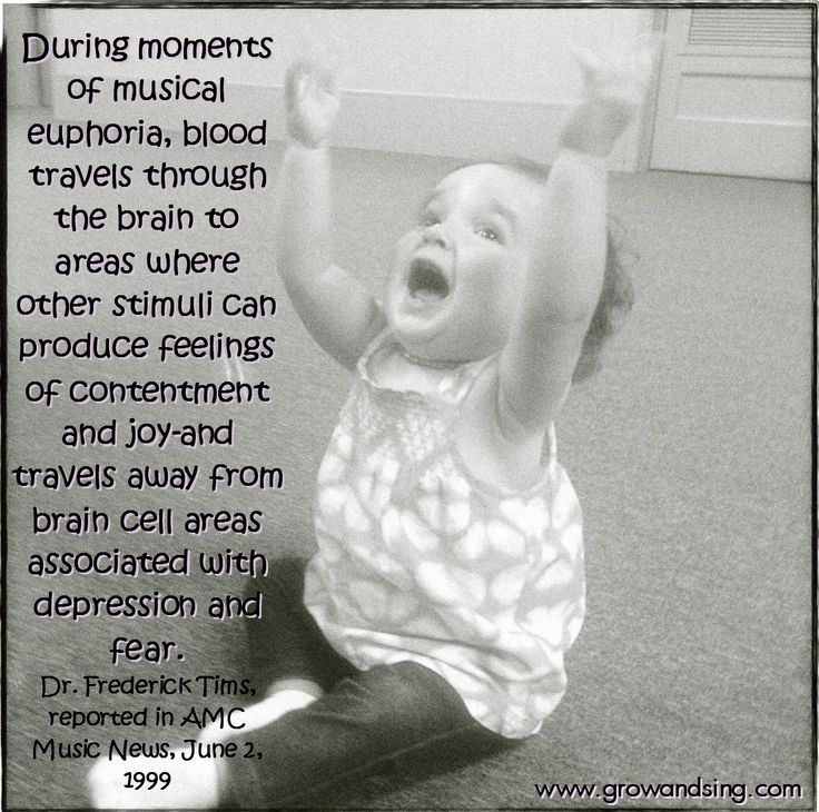 Early music education quote. During moments of musical euphoria, blood travels through the brain to areas where other stimuli can produce feelings of contentment and joy-and travels away from brain cell areas associated with depression and fear. Dr. Frederick Tims, reported in AMC Music News, June 2, 1999. Featuring a very content and joyful Grow and Sing Studios Kindermusik kid! #growandsingstudios #kindermusik