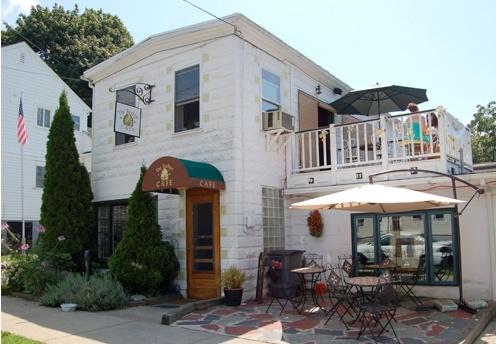Beehive Cafe - Bristol, RI