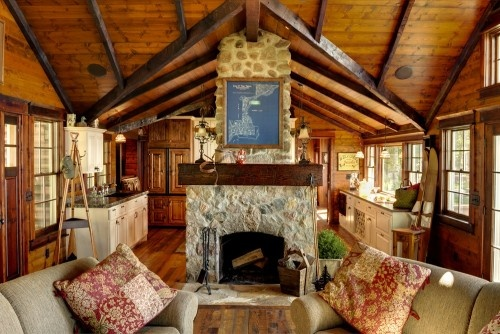 traditional living room by Michelle Fries, BeDe Design, LLCStones Fireplaces, Living Rooms, Fireplaces Design, Lakes House, Traditional Living Room, Cabin Living, Rustic Living Room, Logs Home Interiors, Logs Cabin