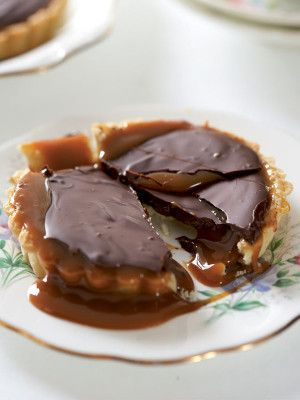 salted-choc-and-caramel-tarts
