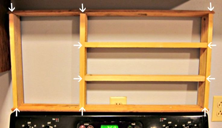 Best 25 pallet spice rack ideas on pinterest kitchen for How to make a spice rack out of pallets