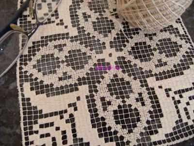 A Bobbin Lace Lover: Detalle de Malla Bordada