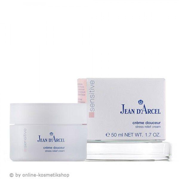 Crème Douceur: Voorziet de huid 24 uur van vochtverzorging. Speciaal ontwikkeld om de gevoelige en droge huid te verzorgen. Geen hyperactieve huid meer. Roodheid is verminderd. Beschermt tegen beschadigende invloeden van buitenaf. Helpt de weerstand van de huid te versterken.