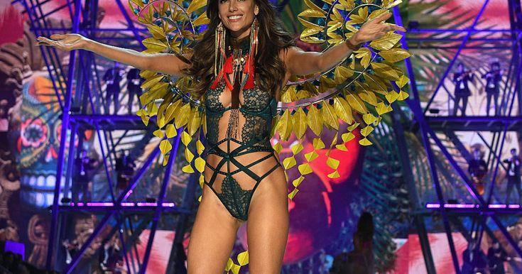 Jednu z největších událostí módního světa každoročně provázejí velká očekávání a my už o ní známe nejrůznější detaily. Víme, kde se bude přehlídka na konci listopadu konat, zda se jí zúčastní Kendall Jenner a sestry Gigi a Bella Hadid a také s jakým světovým návrhářem se pro letošní show Victoria's Secret spojila.