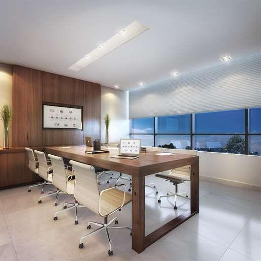 2 salas de reunião, sendo uma reversível para ampliação do auditório.