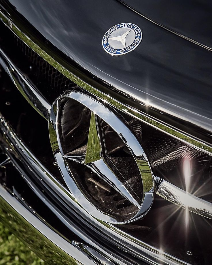 3,317 個讚,6 則留言 - Instagram 上的 Mercedes-Benz Classic Center(@mbclassiccenter):「 Concours time.  #mercedesbenz #w198 #300sl #classiccar #sportscar #gullwing #ameliaisland… 」