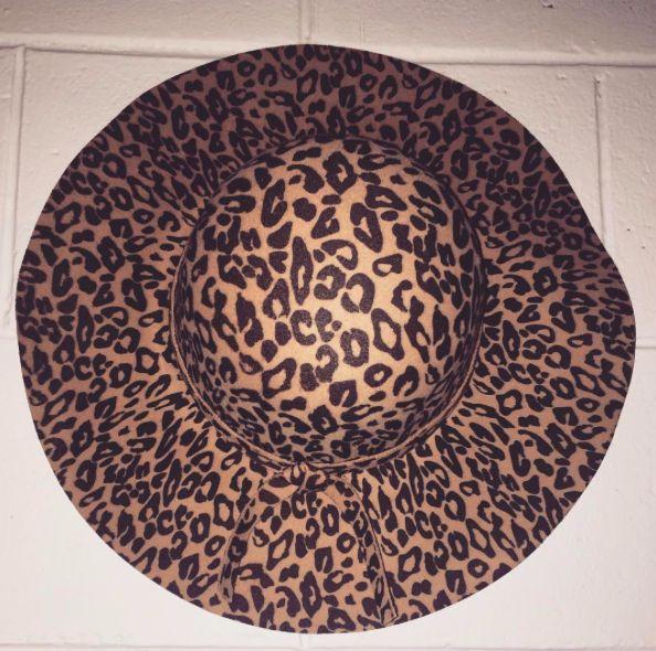 Loving the new Lazy Leopard hats.... #fashion#fashionblogger#style#styleblogger#blog#bohemian#boho#bohochic#boholuxe#gypsy#gypset#retro#vintage#style#bohostyle#freespirit#shop#lazy#leopard#animalprint#winter#hats#floppyhat#autumnfashion