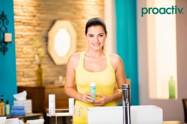#Maite_Perroni, actriz de la popular telenovela juvenil #Rebelde, reconoce que su profesión le exige estar siempre impecable y que gracias a #Proactiv ha conseguido tener una #piel sana libre de #acné. #proactivfunciona