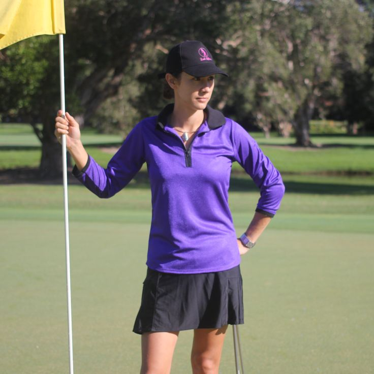 (http://www.ladygolfwear.com.au/ladies-purple-golf-shirt-with-3-4-length-sleeves-and-collar/)