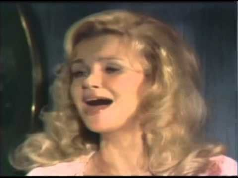 Gunilla Hutton - With Pen In Hand - YouTube