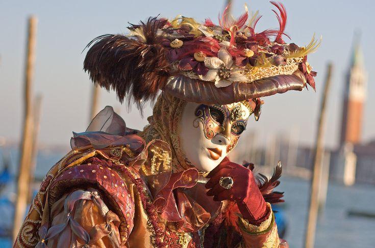 Carnevale_di_Venezia_XIII_by_Mr_BigMan.jpg (1100×729)