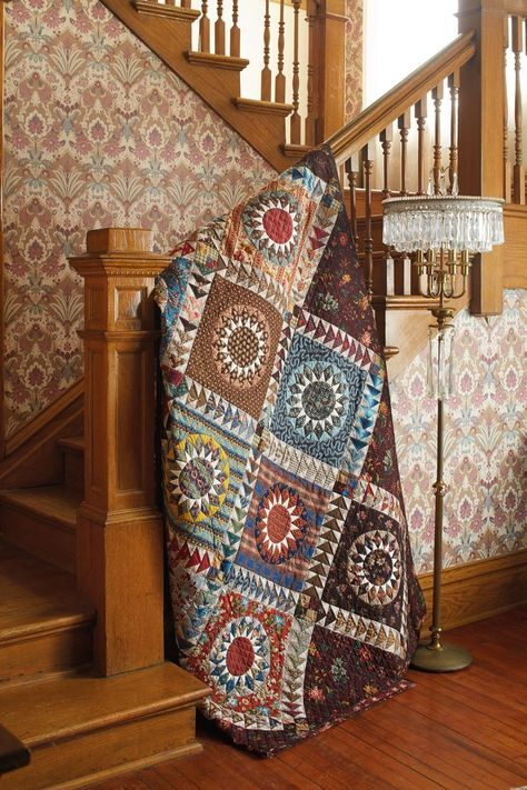 19th-Century Patchwork Divas' Treasury of Quilts: 10 Stunning Patterns, 30 Striking Options: Amazon.co.uk: Chutchian. Betsy, Carol Staehle: 9781604687958: Books