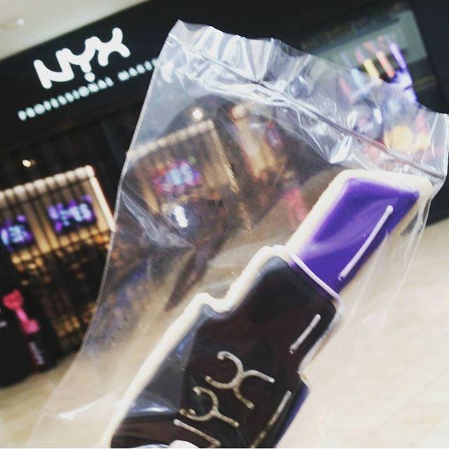 Anyone else at the @nyxcosmetics Grand Opening in Plaza Bonita this morning?! #sandiego #california #girls #love #makeup #nyxbonita #nyxcosmetics #glamour #haul #blog