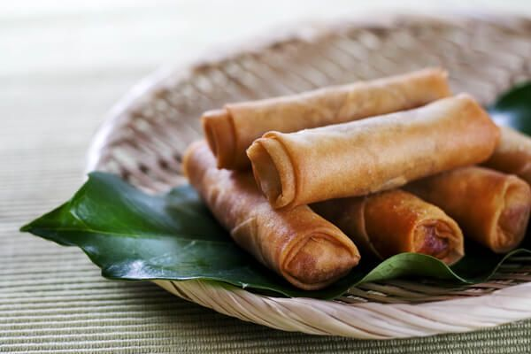 Things you'll learn: The best way to make non-soggy egg rolls. The right size and kind of wrapper to use. The do's and don't's of egg roll wrapping.   This is one of those recipes…
