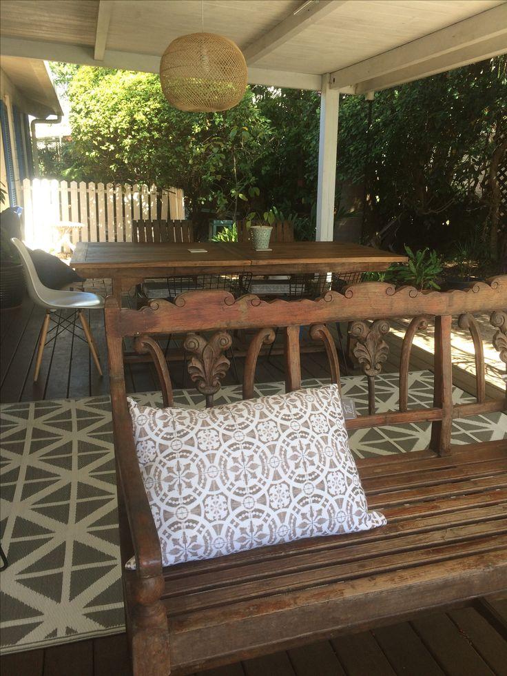 les 25 meilleures id es de la cat gorie vieux bancs sur pinterest entr e antique mur de. Black Bedroom Furniture Sets. Home Design Ideas