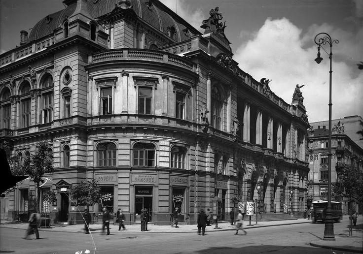 #Filharmonia Narodowa od strony ulicy Sienkiewicza, #kulturaversusnatura #architektura #design