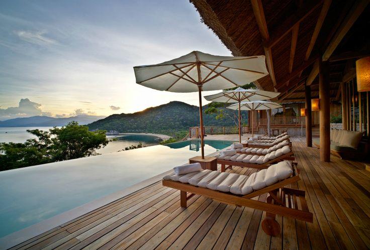 A beautiful Vietnam resort located in Ninh Hoa, Vietnam. Six Sense Ninh Van Bay combines the beauty of the coast with a traditional Vietnamese architecture.