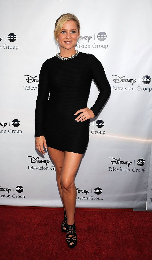 Jessica Capshaw- she looks amazing