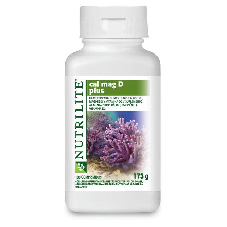 Cal Mag D Plus de NUTRILITE™ contiene tres nutrientes naturales —calcio, magnesio y vitamina D— que contribuyen a mantener los huesos en una condición adecuada.