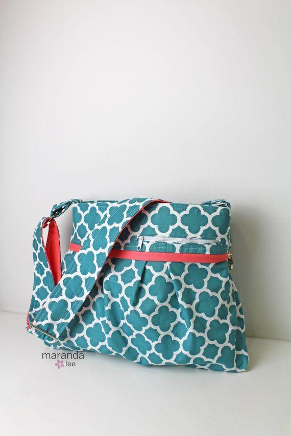 Prêt à expédier le sac à couches Stella DELUXE – Moyen – Quatre feuilles en corail avec corail – Baby Gear Adjust …   – Bébé Poussette