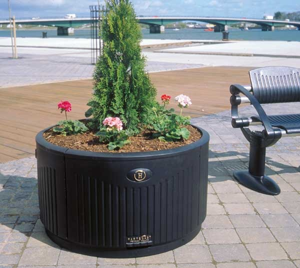 http://www.hartecast.co.uk/planter-boxes-hc200/ Planter boxes from the leading planter box supplier in the UK, Hartecast.