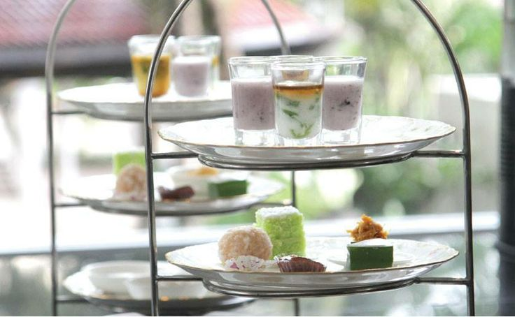 The combination of signature Betawi delicacies and traditional English pastries will enhance your High Tea experience.
