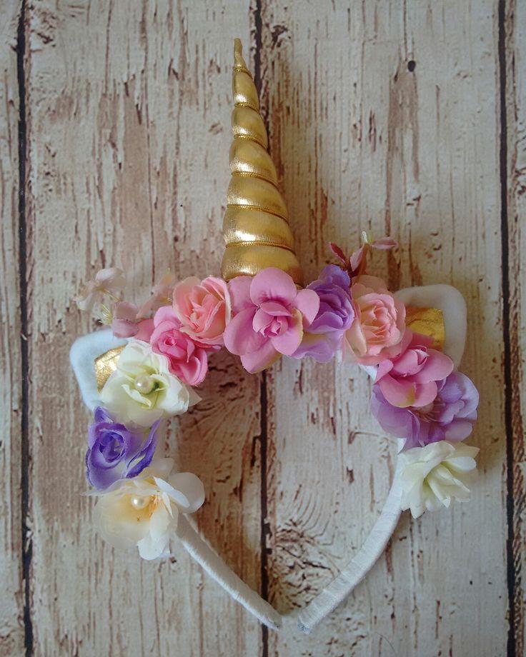 Cintillo floral unicornio