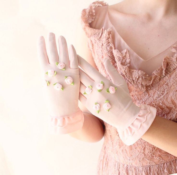 pink gloves ~Touches of Color~