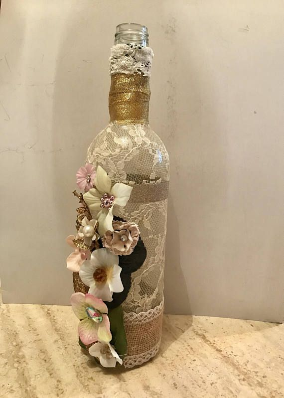 Beautiful home decoration, please message on checkout if you'd like to add elements of your choice i.e can be personalised. Special occasion gift; wedding, baby shower, christening, Christmas, birthday and anniversary, centre piece/wine bottle. Bottle can be use as an accent piece in an