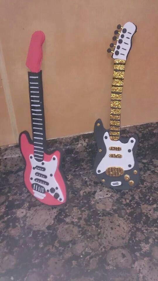 Guitarra  fofuchas