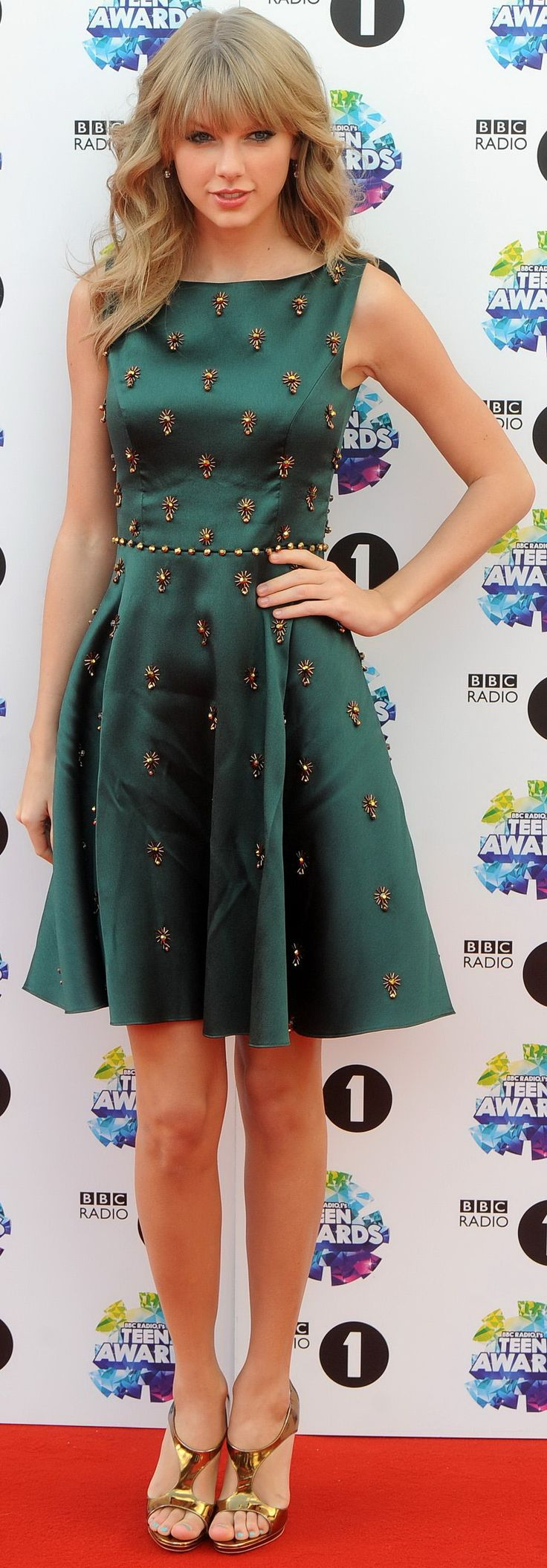 Taylor Swift. Jenny Packham dress at TCAs.