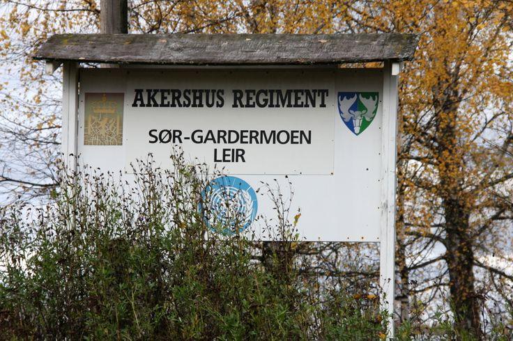 Akershus Regiment, Sør-Gardermoen leir South Gardermoen base (or camp? Which is it??)