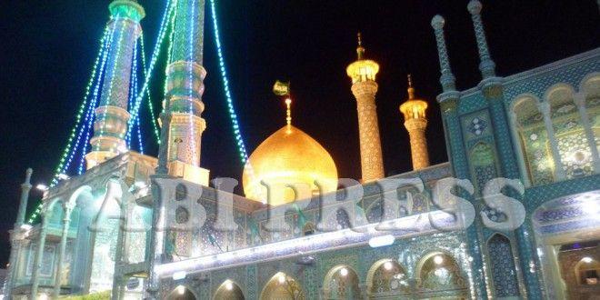 Semarak Perayaan Milad Fathimah Az Zahra di Iran http://goo.gl/afFgMP  lantunan syair pujian untuk Sayidah Fathimah as.Khush Omadid Ya Zahra, Khush Omadid Ya Zahra (Selamat Datang Ya Zahra, Selamat Datang Ya Zahra)