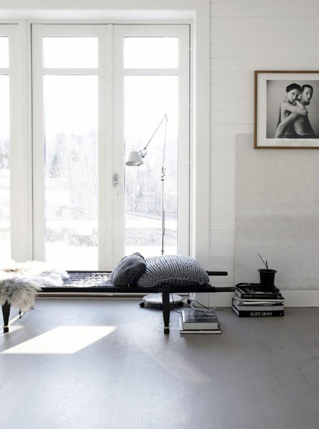 Lite helgkärlek. När man får hasa omkring hemma och bara vara. Eller nåja, vädra sängkläder, tvätta 3 fyllda maskiner med tvätt och putsa fönstren. Den där energin som kommer med ljuset.Och städmanin