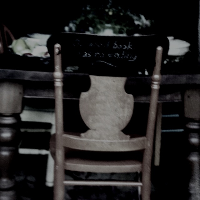 Chalkboard paint on the back of the chair: Chalkboards Paintings, Chalkboard Paint