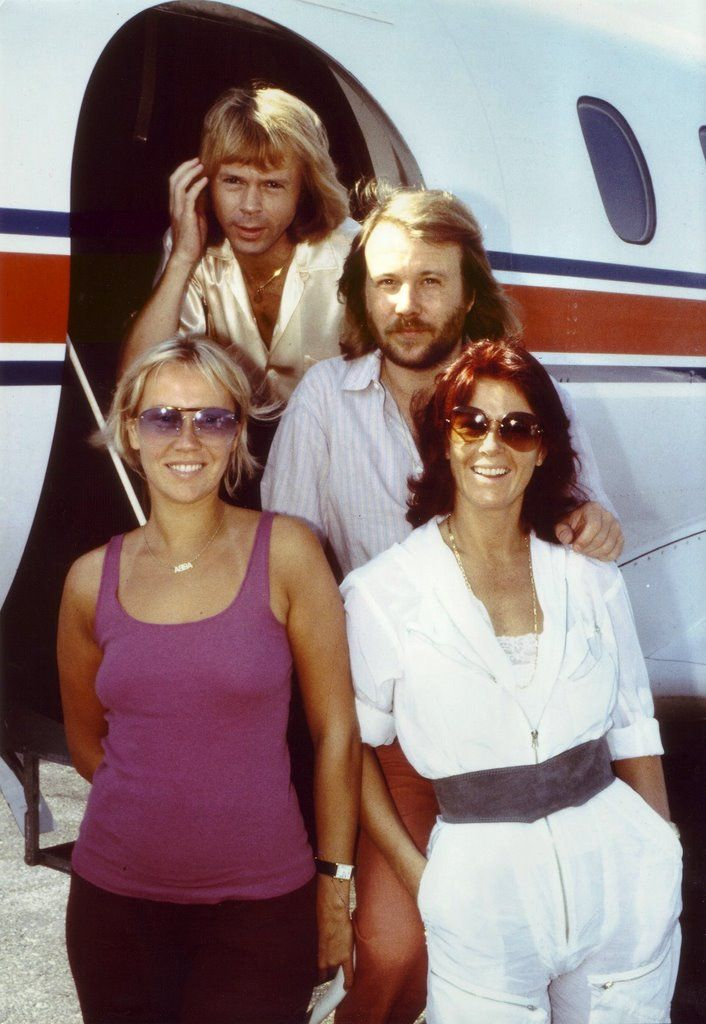 In the 10 years ABBA were together they jetsetted all over the world. Agnetha never really liked flying and she and Bjorn tried, if possible, not to fly together for the sake of their children. In early October 1979 ABBA boarded a plane from New York City to Boston; weather was bad and the plane got caught in the middle of a storm and was tossed around badly. This was too much for Agnetha who still performed that night but had to spend two days in bed because of high fever caused by the…