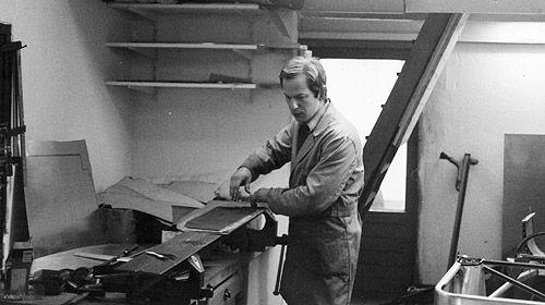 Joop Donkervoort in Tienhoven (NL) in 1978 - building the first Donkervoorts