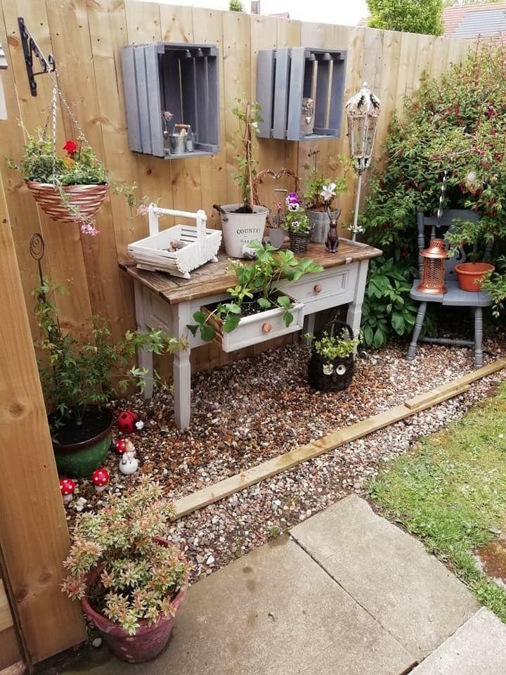 16 Wunderbare Shabby Chic Wohnzimmer Holz Ideen Erstaunliche Diy Ideen Sha In 2020 Garten Deko Garten Gartengestaltung Ideen