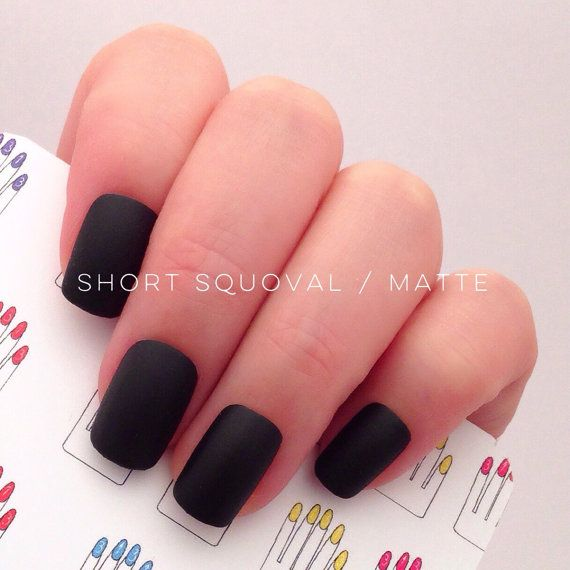 A set of 12 pcs SHORT SQUOVAL black hand painted nail tips for SHORT NAIL LOVERS!!  * Nail Finishes: Glossy or Matte - Please select from the drop down