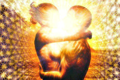 4 Signs You Have Met Your Twin Flame | RiseEarth you dare not look into the eyes of the twin flame for you can feel the electromagnetic synergy will cause an explosion...