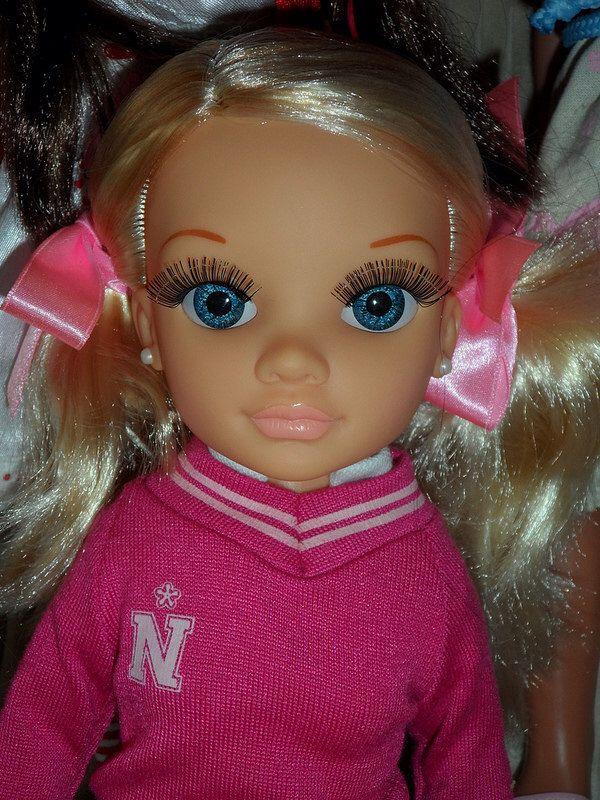 Spanish doll Nancy by Famosa. So cute face, she's amazing! I like the pearl earrings